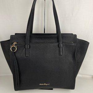 New Salvatore Ferragamo Amy Black Leather Tote